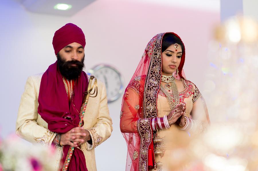 Phenomenal Shanika Gurbir Sikh Wedding In Slough Indian Wedding Hairstyles For Men Maxibearus